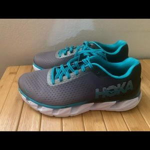 Women's Hoka One One Elevon Running Shoes sz 7.5